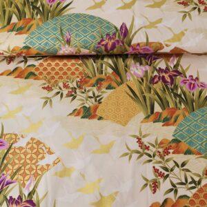 Kimono marfil y dorado con iris